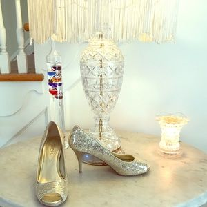 Guess Gold Sequins Peep Toe heels